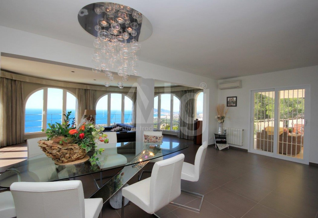 3 bedroom Apartment in Torrevieja  - ERF115830 - 7