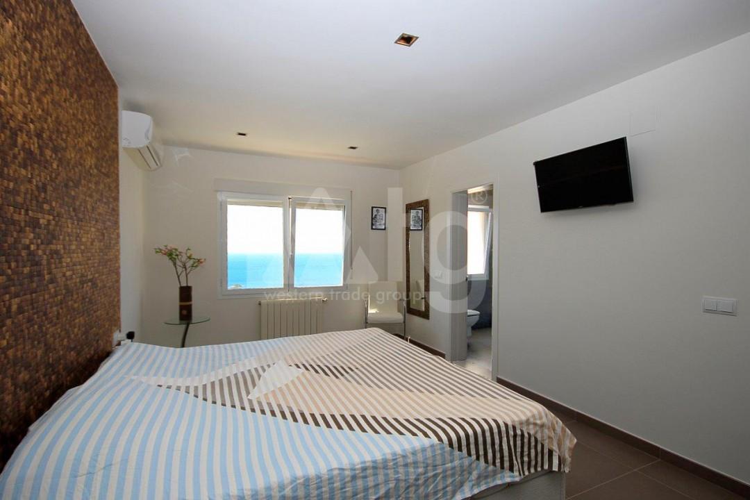 3 bedroom Apartment in Torrevieja  - ERF115830 - 9