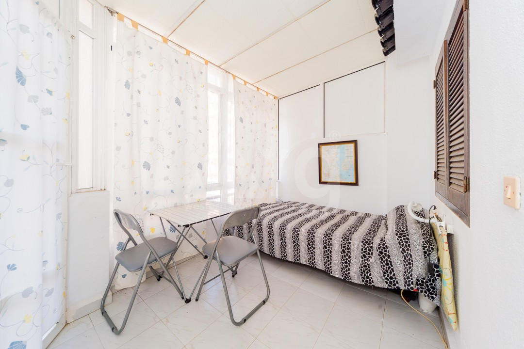 4 bedroom Apartment in Torrevieja - GDO2742 - 2