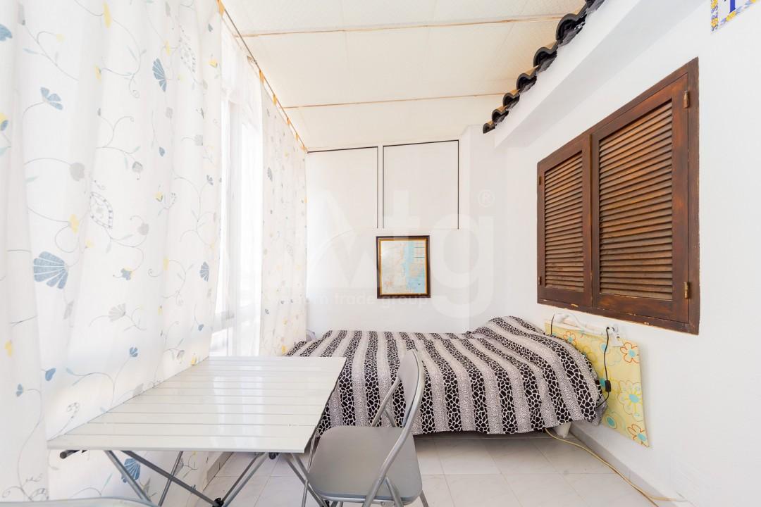 4 bedroom Apartment in Torrevieja - GDO2742 - 3