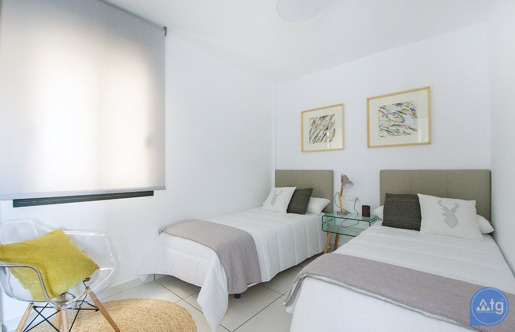 2 bedroom Apartment in Torrevieja - AG6162 - 25