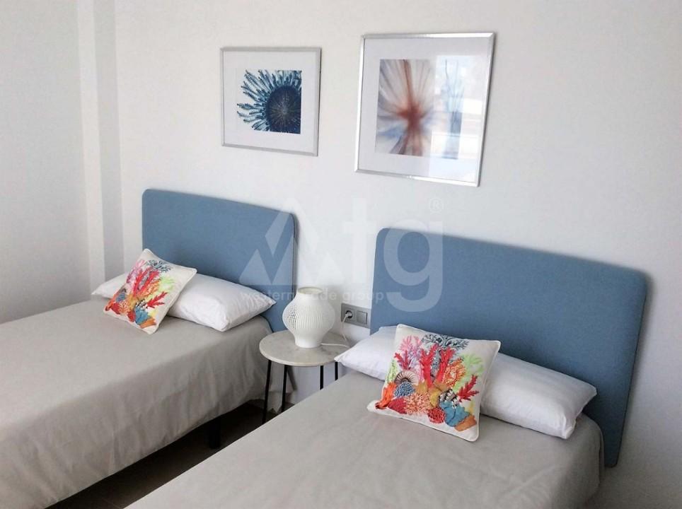 3 bedroom Apartment in Villamartin - GB7804 - 12