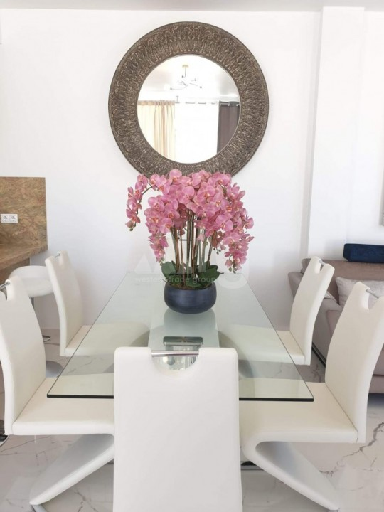 2 bedroom Apartment in Torrevieja  - AG8494 - 10