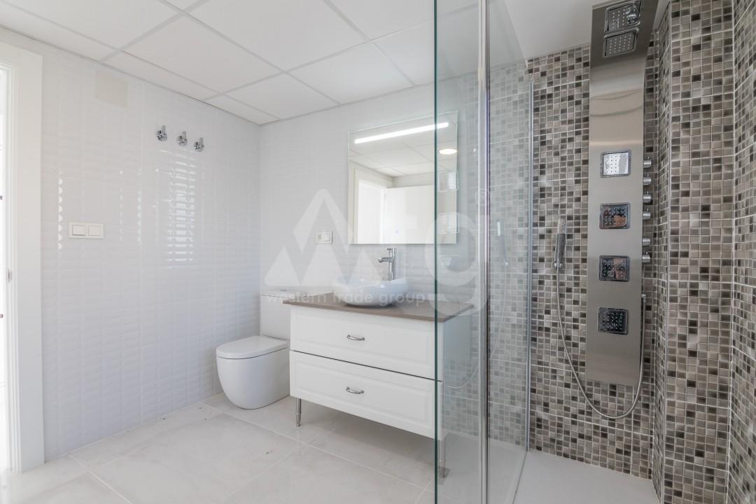 3 bedroom Apartment in Torrevieja  - ERF115825 - 23