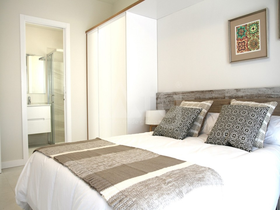 2 bedroom Apartment in Torrevieja  - AG2936 - 10
