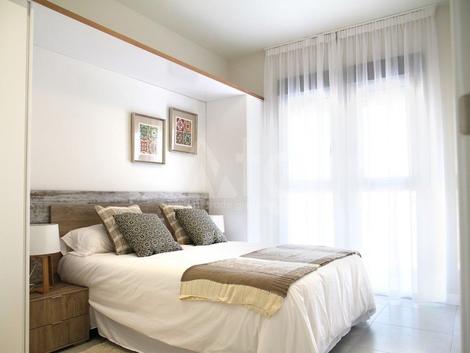 2 bedroom Apartment in Torrevieja  - AG2936 - 9