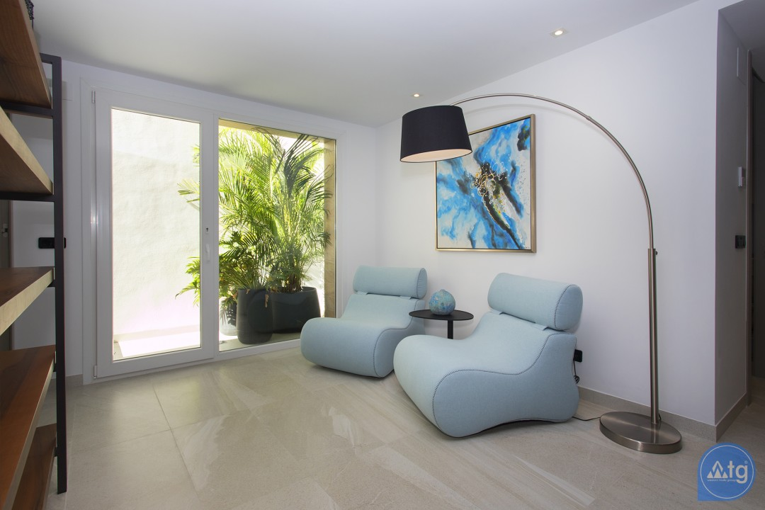 3 bedroom Apartment in Torrevieja - AG5790 - 9