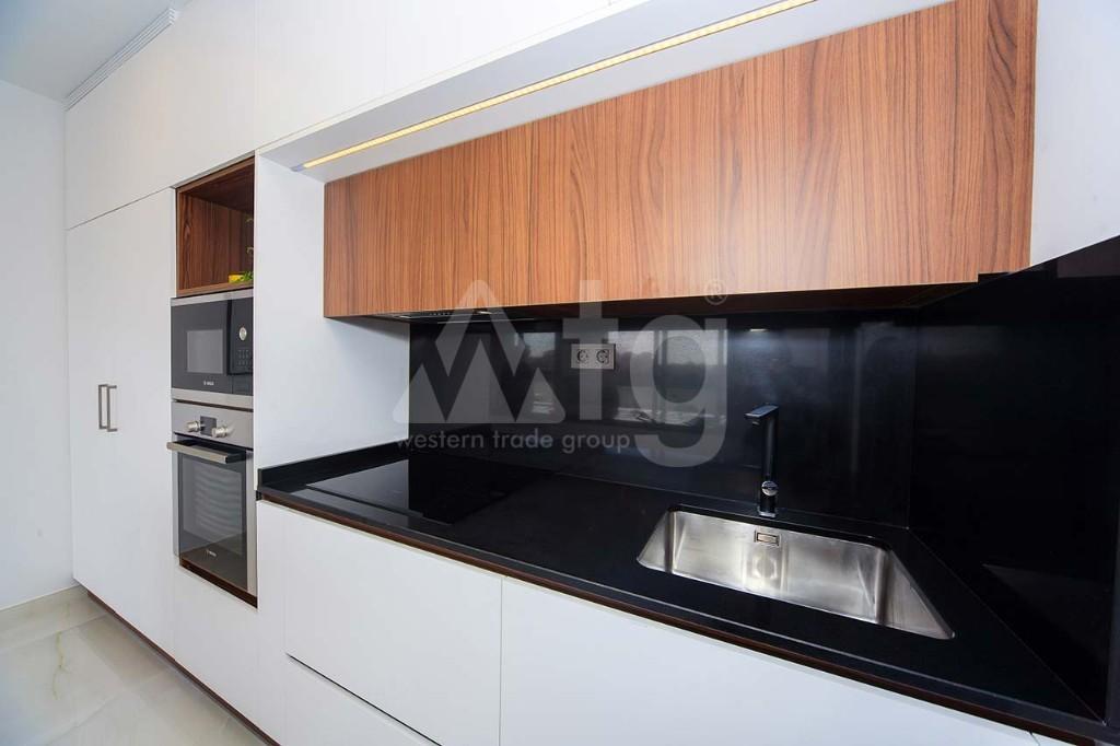 2 bedroom Apartment in Torrevieja - IR8059 - 9