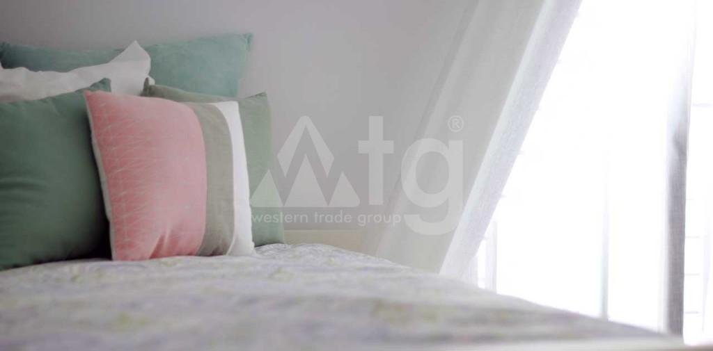 2 bedroom Bungalow in Algorfa - PT8105 - 16