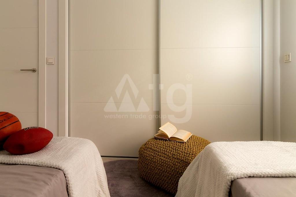 3 bedroom Bungalow in Guardamar del Segura  - CN7873 - 12