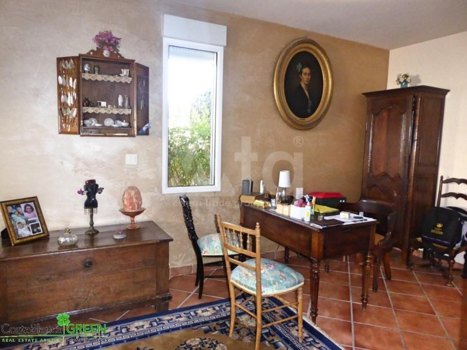 2 bedroom Bungalow in Torrevieja - IM114107 - 12