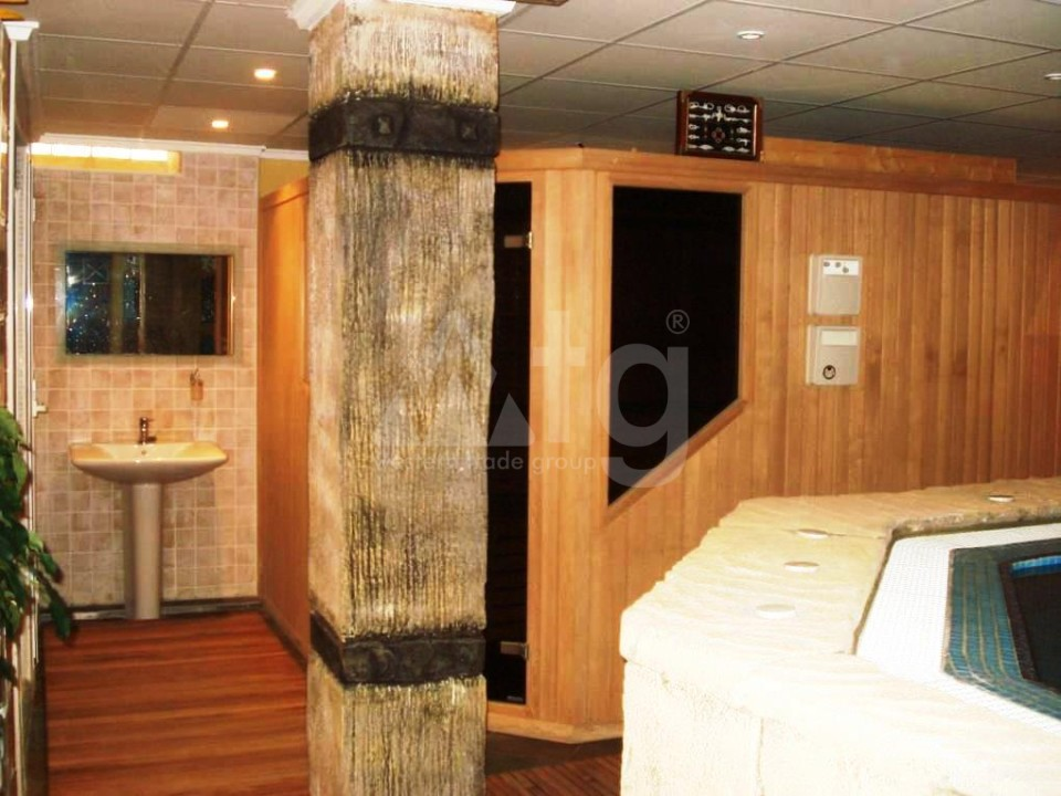 2 bedroom Bungalow in Torrevieja  - IM117120 - 9