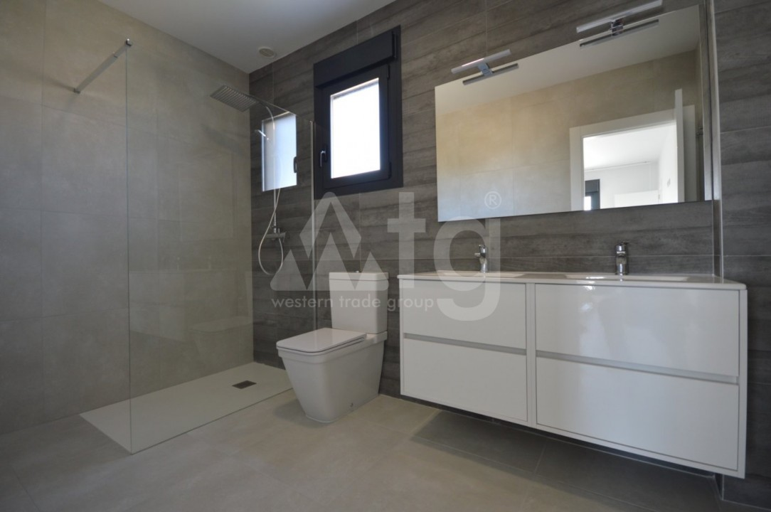 3 bedroom Villa in La Marina  - AT115096 - 10