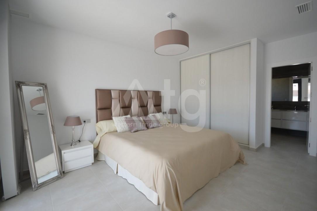 3 bedroom Villa in La Marina  - AT115096 - 11