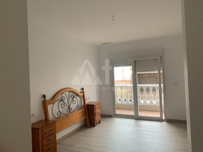 4 bedroom Villa in Torrevieja  - AGI8556 - 15