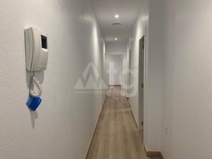 4 bedroom Villa in Torrevieja  - AGI8556 - 3