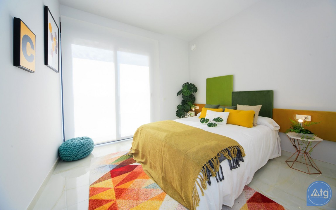 3 bedroom Villa in Cabo Roig - DI6029 - 40