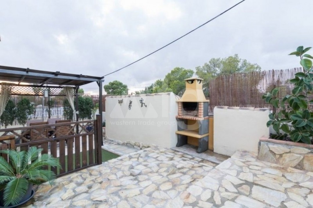 3 bedroom Penthouse in Torrevieja - AGI6070 - 11