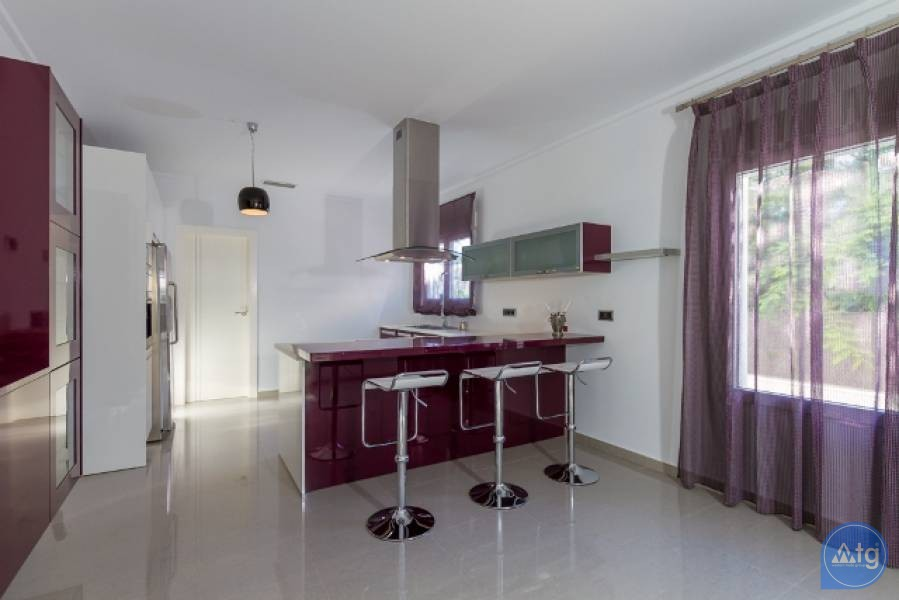 2 bedroom Townhouse in Villajoyosa  - QUA8604 - 10