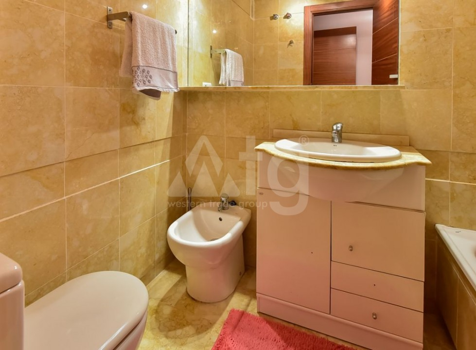 3 bedroom Townhouse in Villajoyosa - QUA8646 - 10