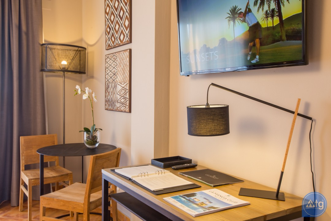 4 bedroom Villa in Guardamar del Segura - AT8696 - 13