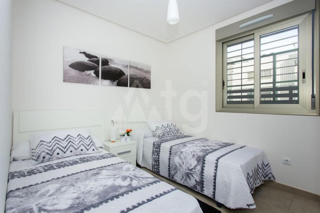 Bungalow de 2 chambres à Torrevieja - US6848 - 10