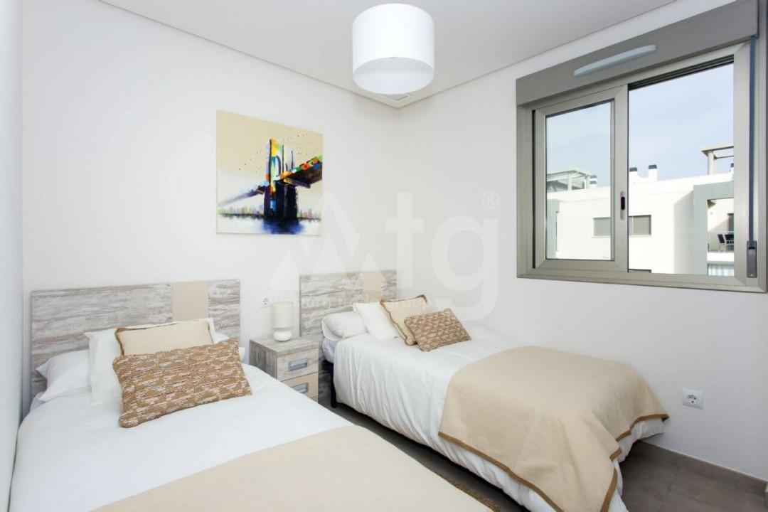 Bungalow de 2 chambres à Torrevieja - US6848 - 22