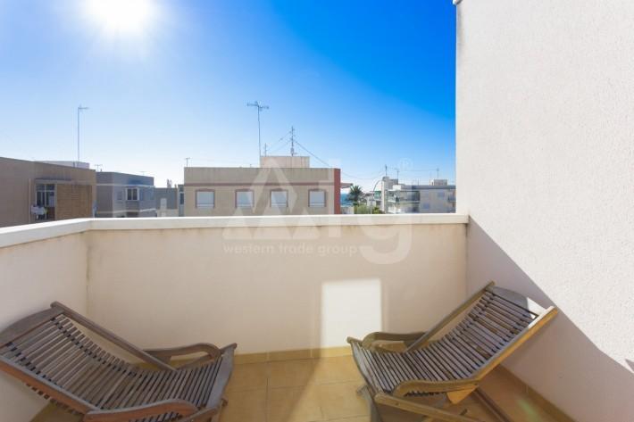 Bungalow de 3 chambres à Torrevieja - AGI115472 - 11