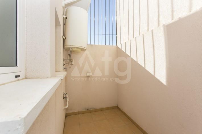 Bungalow de 3 chambres à Torrevieja - AGI115472 - 12