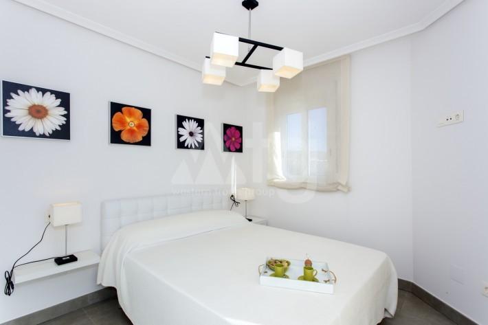 Bungalow de 3 chambres à Torrevieja - AGI115472 - 8