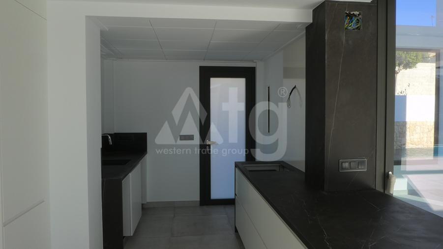 Bungalow de 3 chambres à Torrevieja - US115951 - 7