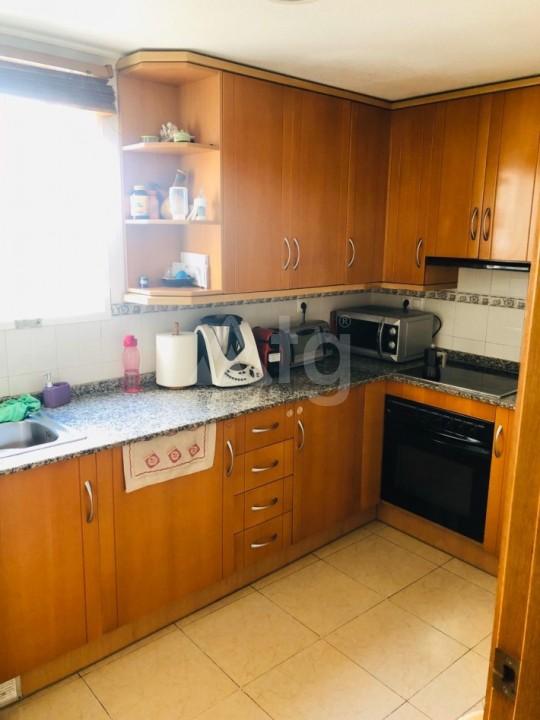 Bungalow de 3 chambres à Torrevieja - AGI115463 - 6