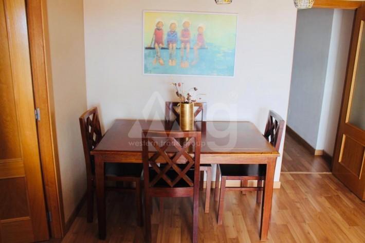 Bungalow de 3 chambres à Torrevieja - AGI115463 - 7
