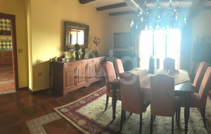 Bungalow de 3 chambres à Torrevieja - AGI115461 - 10