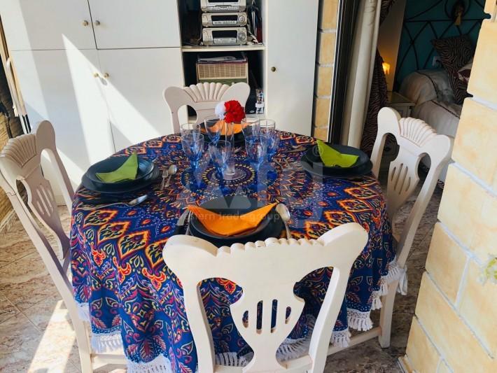 Bungalow de 3 chambres à Torrevieja - AGI115460 - 11