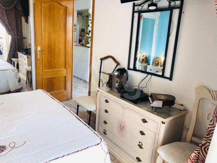 Bungalow de 3 chambres à Torrevieja - AGI115460 - 17