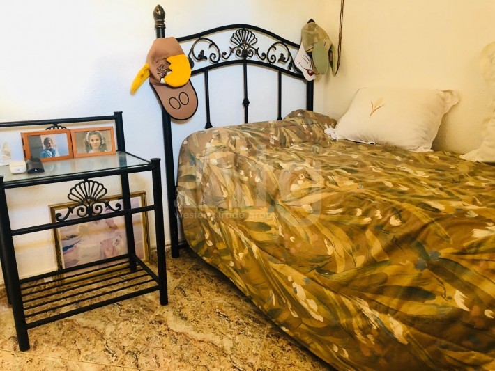 Bungalow de 3 chambres à Torrevieja - AGI115460 - 18