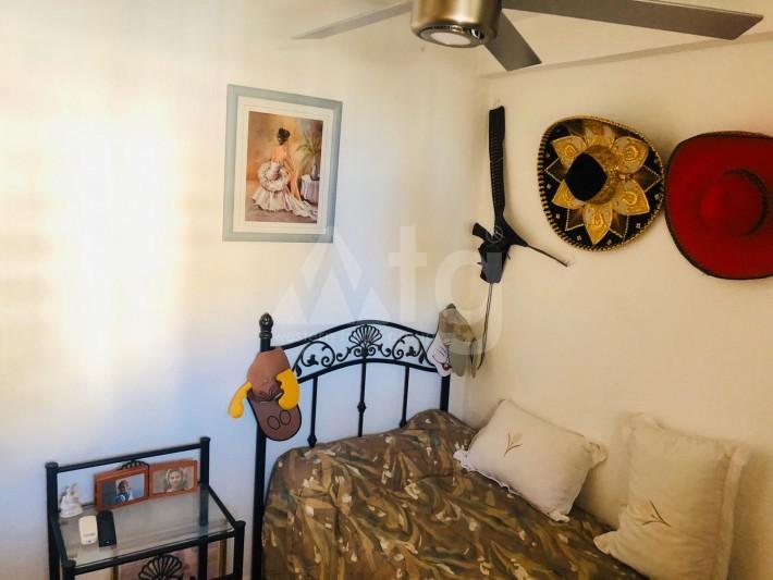 Bungalow de 3 chambres à Torrevieja - AGI115460 - 19