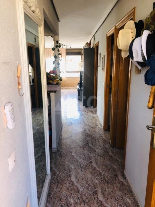 Bungalow de 3 chambres à Torrevieja - AGI115460 - 4