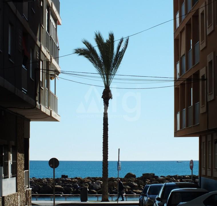 Penthouse de 3 chambres à Torrevieja - AGI6064 - 21