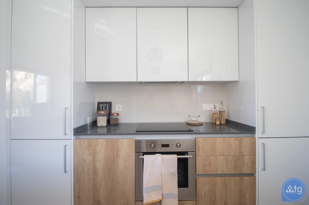 Penthouse de 3 chambres à Torrevieja - AG2607 - 13