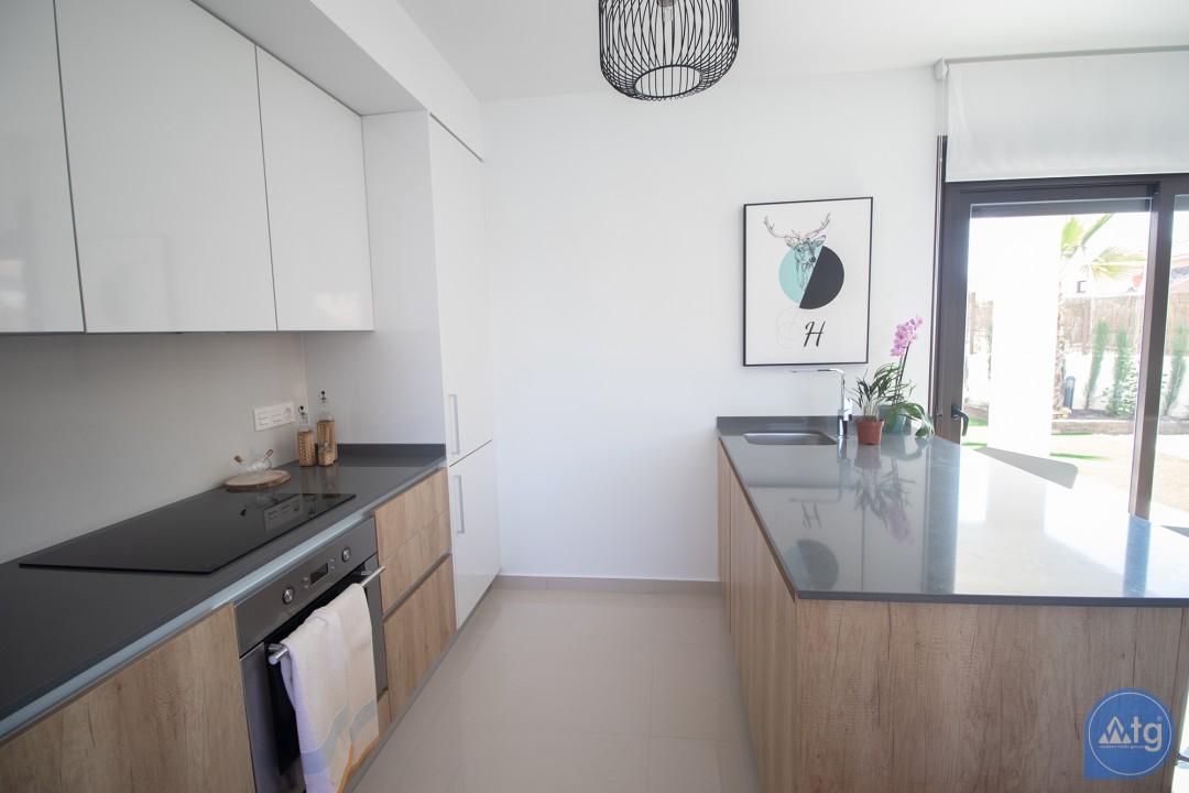 Penthouse de 3 chambres à Torrevieja - AG2607 - 14