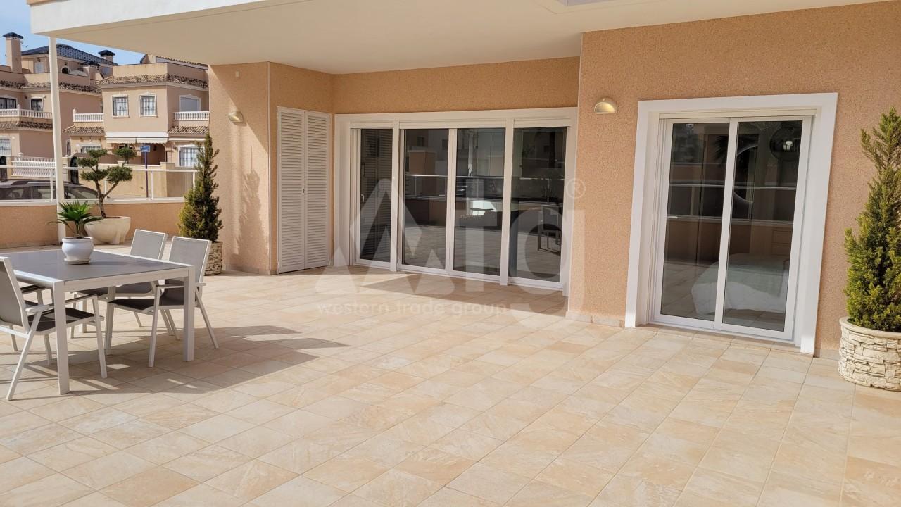 3 bedroom Penthouse in Punta Prima  - TRI117464 - 17