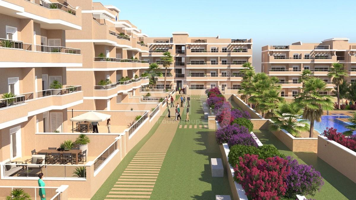 3 bedroom Penthouse in Punta Prima  - TRI117464 - 3