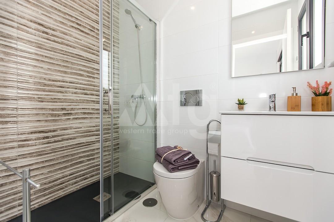 3 bedroom Penthouse in Torrevieja - AGI6068 - 15