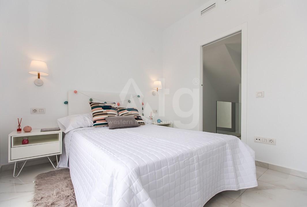 3 bedroom Penthouse in Torrevieja - AGI6068 - 9