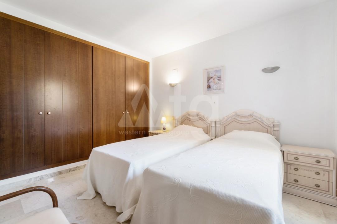 3 bedroom Penthouse in Torrevieja - AGI115595 - 12