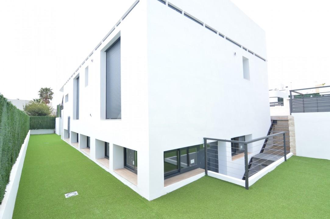Penthouse de 3 chambres à Torrevieja - AGI5938 - 2