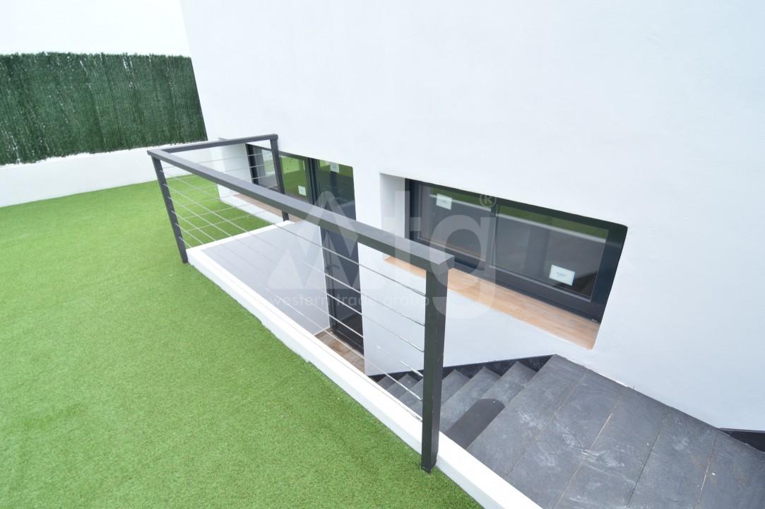 Penthouse de 3 chambres à Torrevieja - AGI5938 - 3