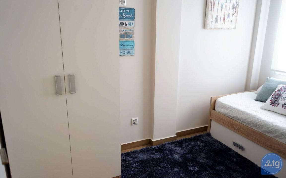 Appartement de 3 chambres à Torrevieja - ERF115835 - 32